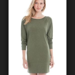 LOLE Madden green tee shirt sweatshirt dress